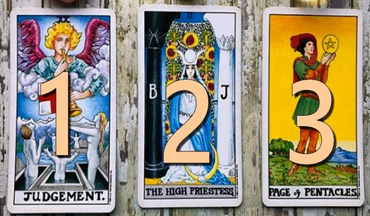 Choose a Tarot Card and Discover the Message it Has for You