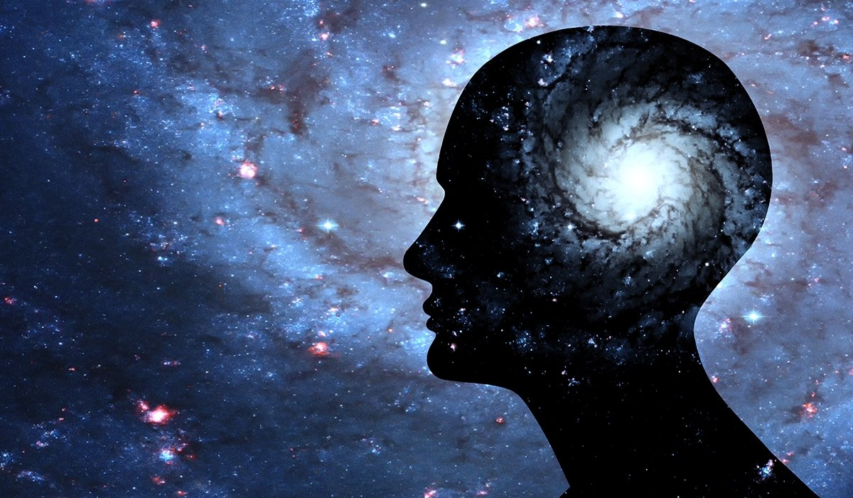 If You Experience These 7 Signs The Universe Is Trying To Show You Something