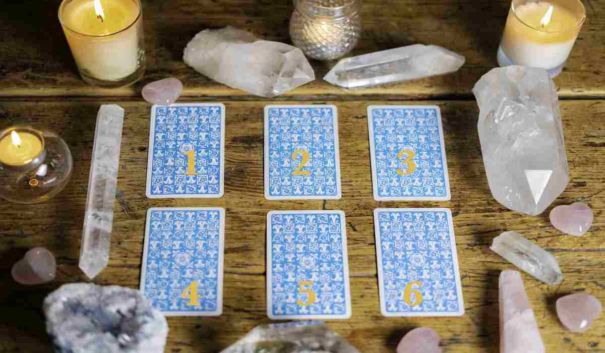 Intuition test: Choose a Card that Will Show You what to Expect from Your Near Future