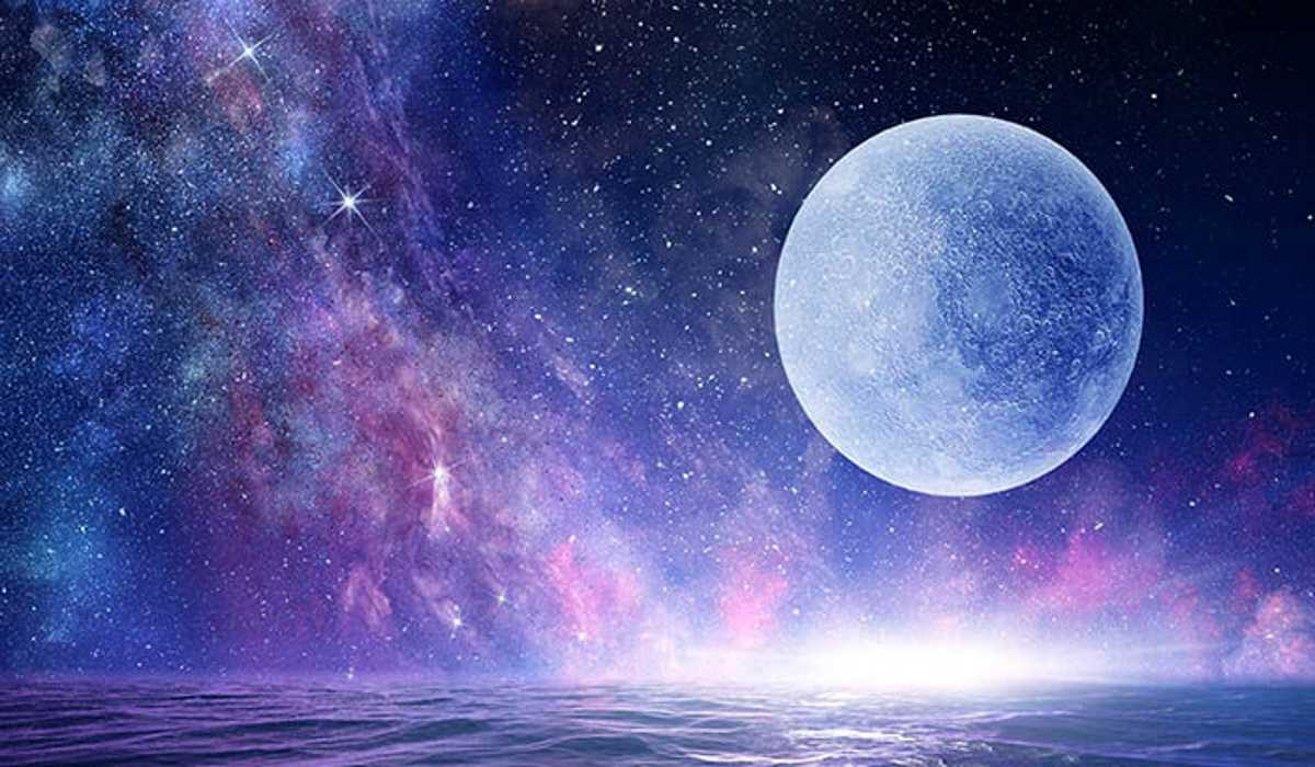 This is What the Full Moon of April 19 in Libra will Bring You, According to Your Zodiac Sign