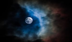 7 Ways the Human Body Would Be Affected by the Full Moon