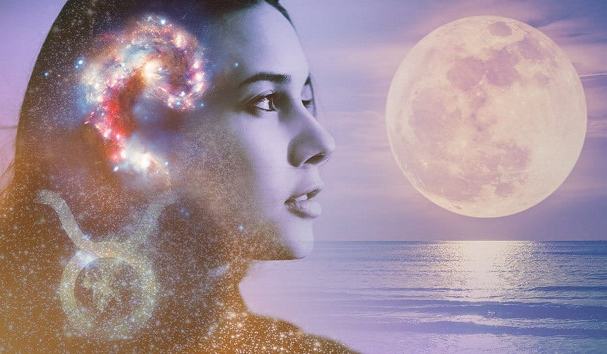 The Full Moon of November 2019 Is Emotionally Intense and Will Bring Powerful Energies for Everyone to Use