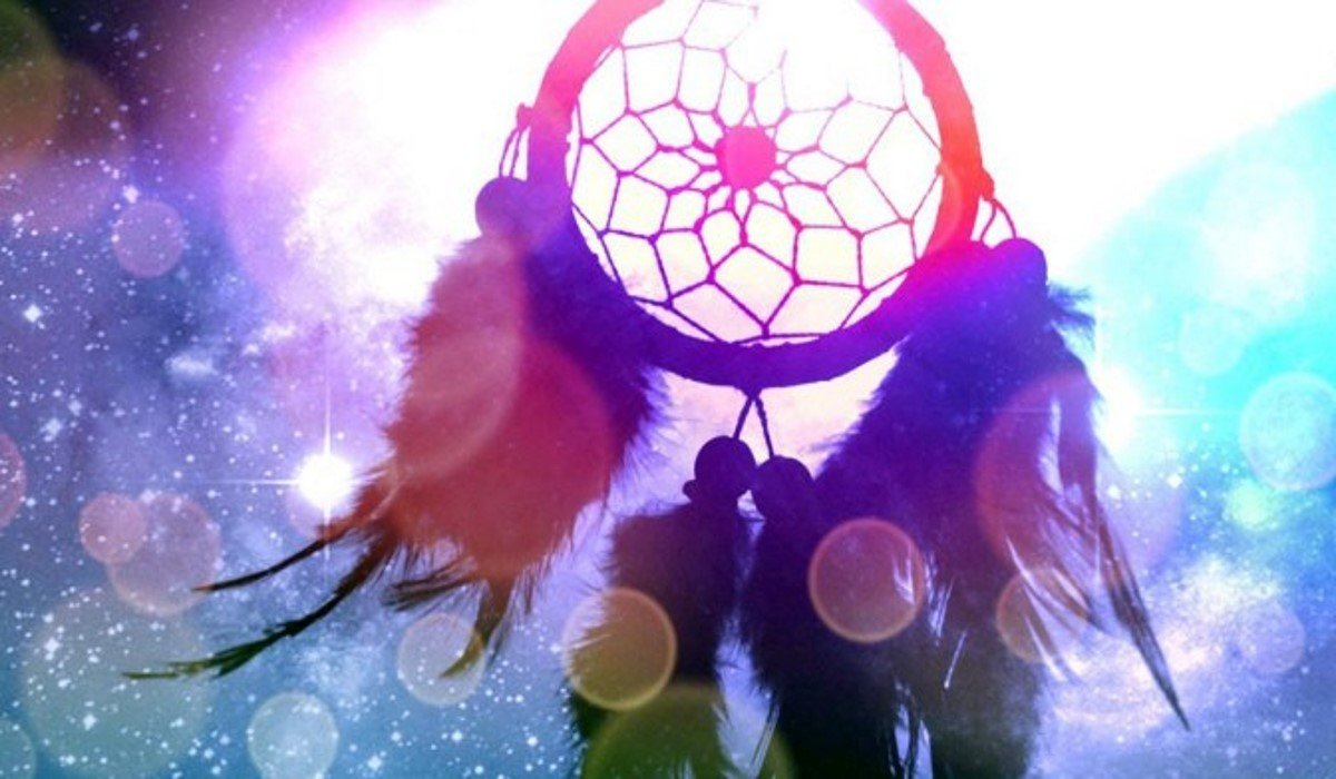 The Spiritual Meaning of the Dreamcatcher Symbol! What Are its Powers?