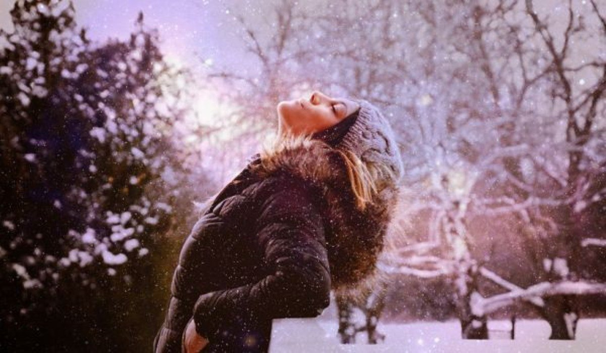 The Mantra You Need for this Winter, According to Your Zodiac Sign