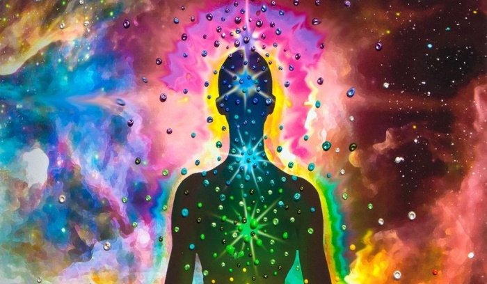 The 14 Colors of Aura and Their Spiritual Meaning (3)