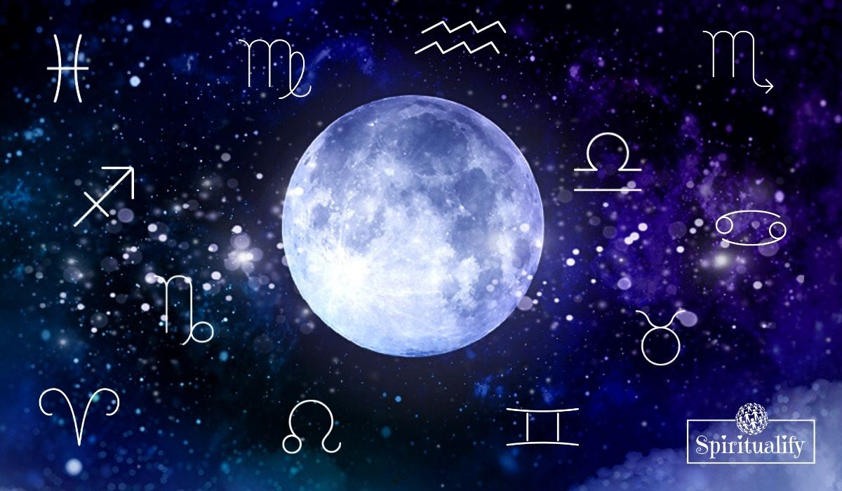 How the Full Moon in Aquarius (August 3), Will Affect Your Zodiac Sign