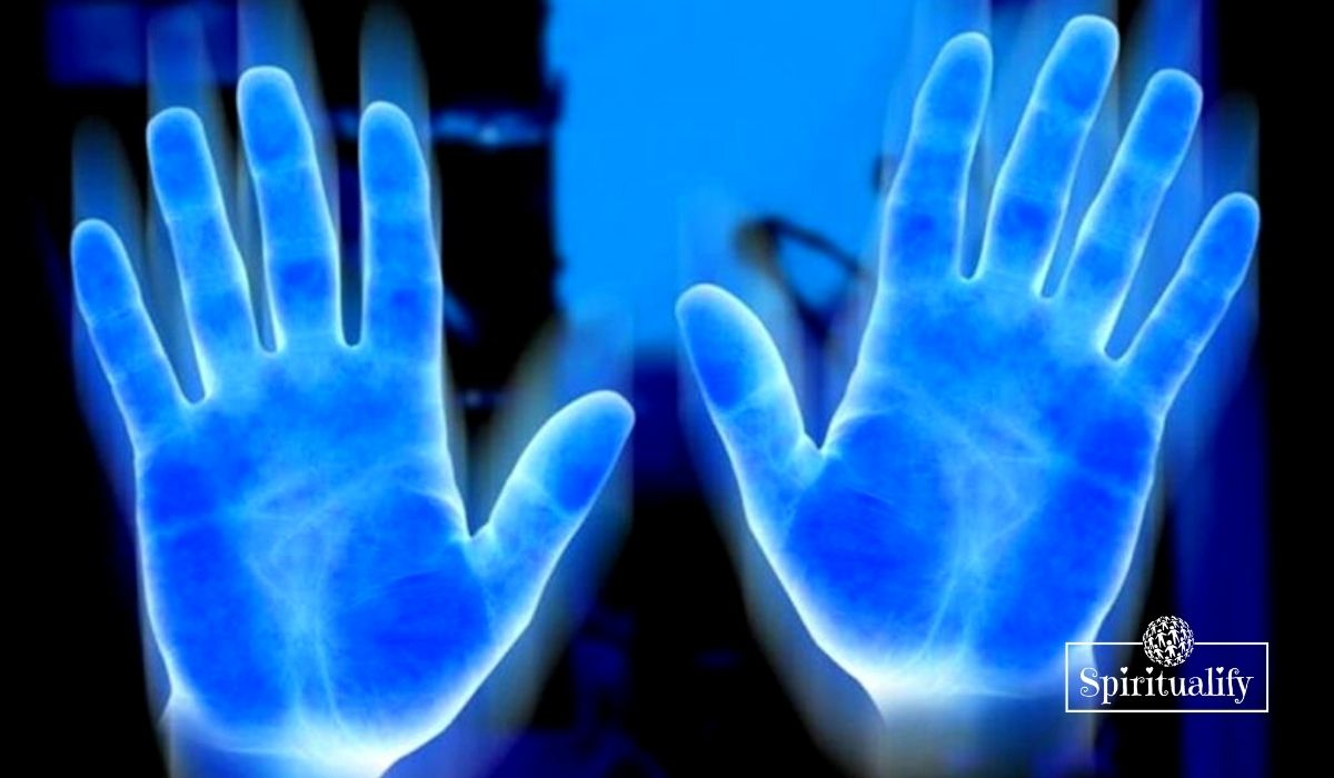 What Each Finger On Your Hands Tells About Your Energy
