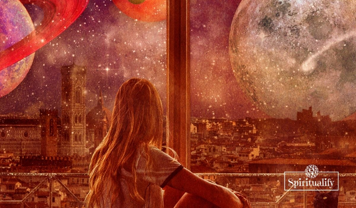 Mercury Goes Retrograde October 13th – Here's What to Do and What to Expect