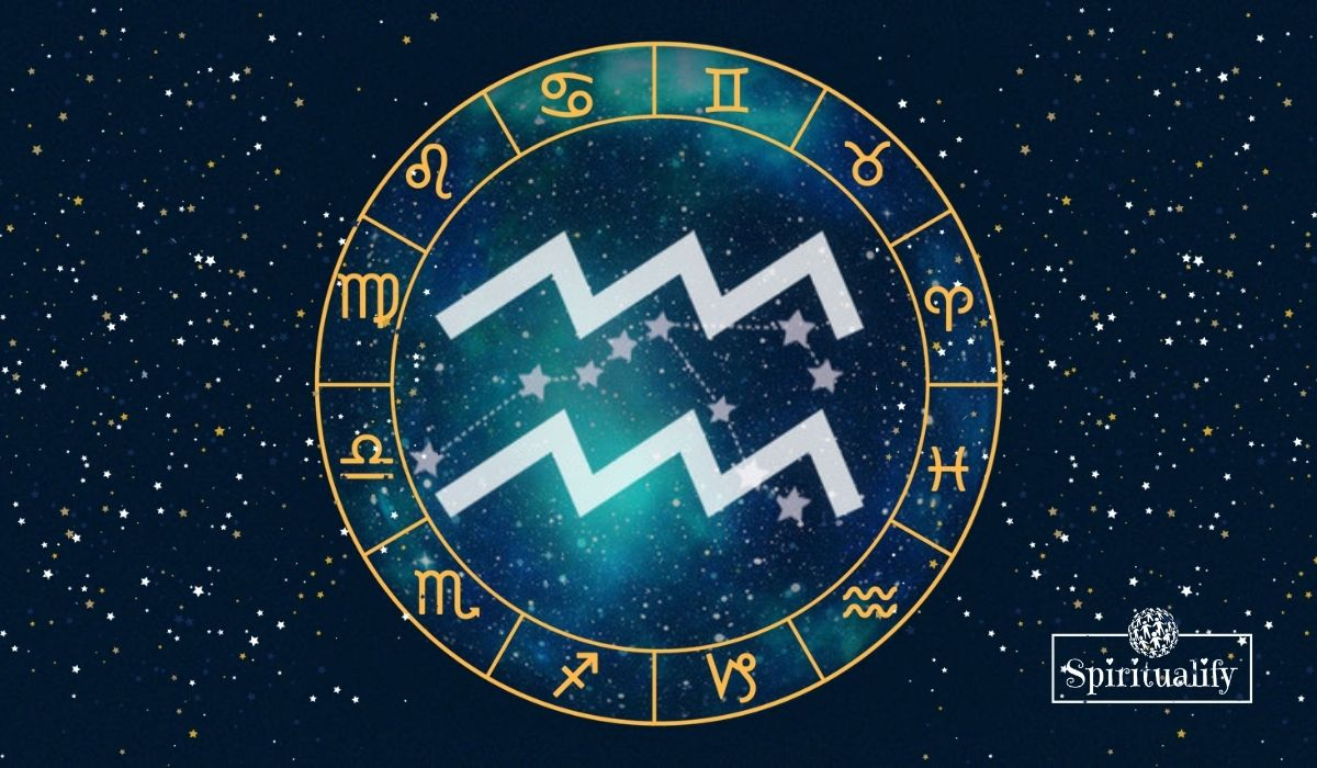3 Zodiac Signs Will Be Least Affected by the New Moon in Aquarius February 2021